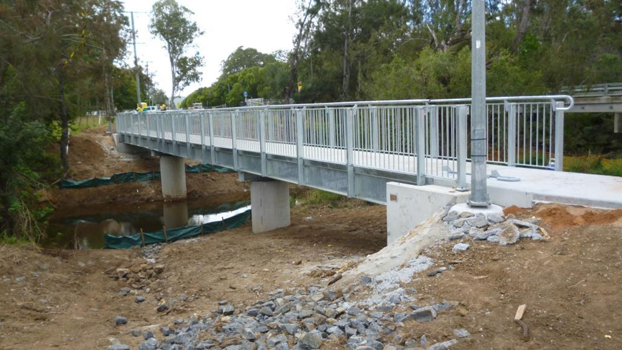peaks crossing bridge manufacturer